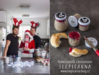 Paštika s brusinkami jako jedlý dárek na Vánoce