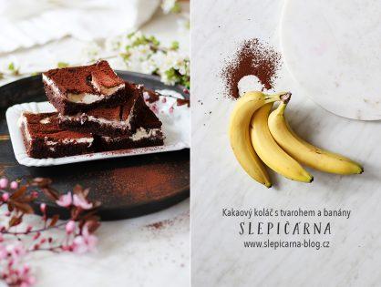 Jak na kakaový koláč s tvarohem a banány