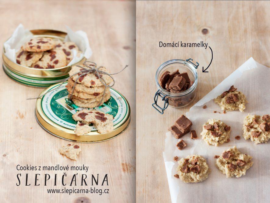 Sušenky na způsob cookies z mandlové mouky a domácími karamelkami